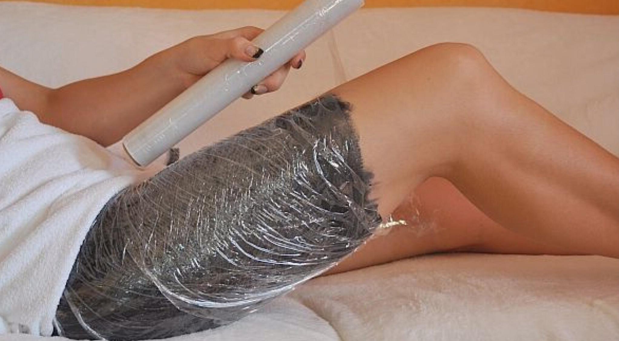 Обертывание для похудения пищевой пленкой в домашних условиях